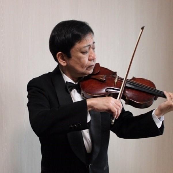 ヴァイオリン・ヴィオラ奏者 坪井一宏様の写真